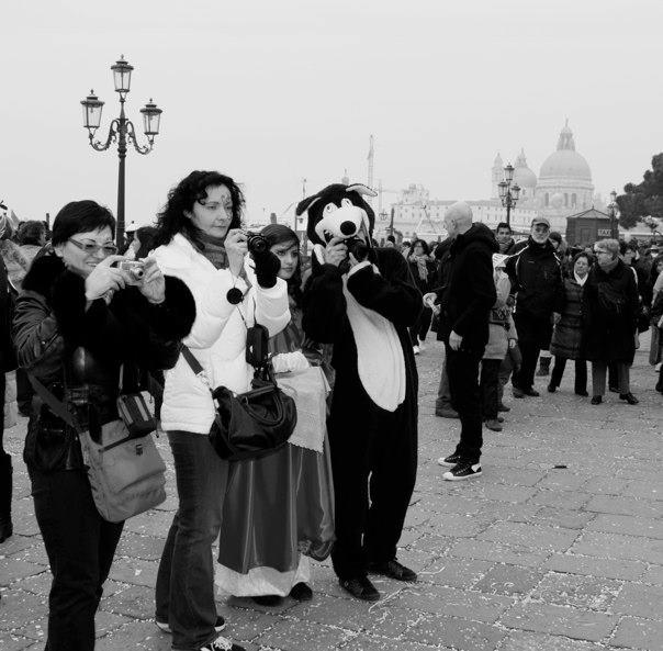 Carnevale di Venezia -- paparazzi?
